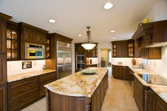 Gia chủ thuộc mệnh nào thì sẽ chọn loại vật liệu tương sinh cho phòng bếp.