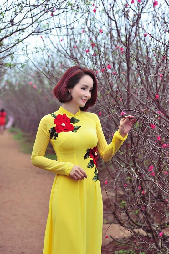 Năm 2016, khán giả sẽ gặp lại Mai Thu Huyền trong phim truyền hình Những ngọn nến trong đêm phần 2