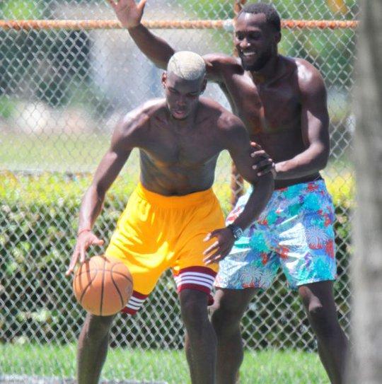 Pogba so tài bóng rổ với Lukaku ở Mỹ