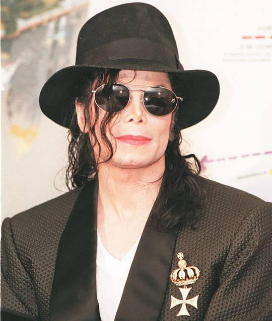 Ông hoàng nhạc pop của cả thế giới