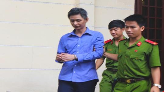 Bị cáo Đặng Công Minh trong phiên xử ngày 11-8