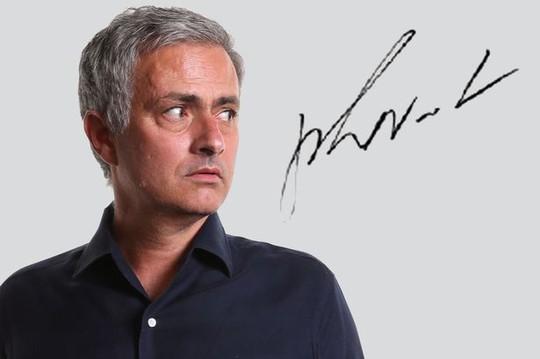 Mourinho chưa đến M.U vì vướng bản quyền hình ảnh