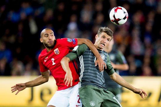 Thomas Mueller ghi dấu ấn trong cả 3 bàn thắng của tuyển Đức ghi vào lưới Na Uy
