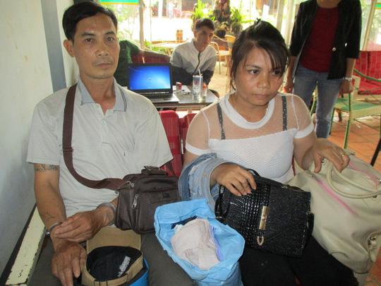 Nguyễn Văn Hòa và Đinh Thị Tuyết