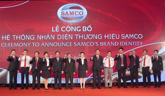Ban lãnh đạo SAMCO cùng chúc mừng sự ra mắt của hệ thống nhận diện thương hiệu mới