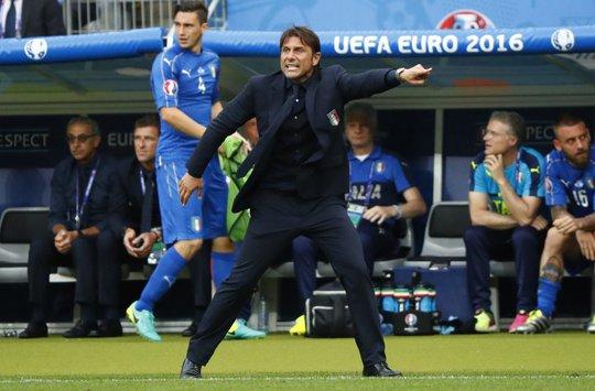 Ví Liverpool với Tây Ban Nha, Conte quyết giành 3 điểm
