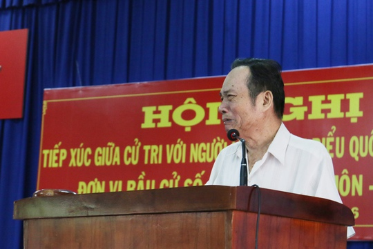 Ông Nguyễn Chí Sinh, Xã Bà Điểm không giấu được xúc động khi phát biểu tâm huyết về những vấn đề bức xúc của địa phương và đất nước.