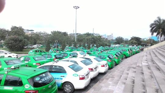 Mai Linh vẫn đang nỗ lực tái cơ cấu để lấy lại ngôi vương của mình trong thị phần taxi truyền thống.