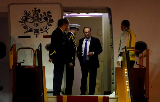 Tổng thống Pháp Francois Hollande là vị Tổng thống thứ ba của Pháp sang thăm Việt Nam kể từ năm 1993 - Ảnh: REUTERS