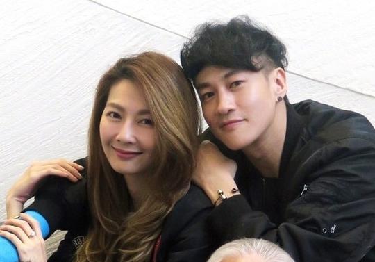 Hà Nhuận Đông và vợ