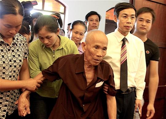 Người hơn 40 năm mang thân phận tử tù - Trần Văn Thêm