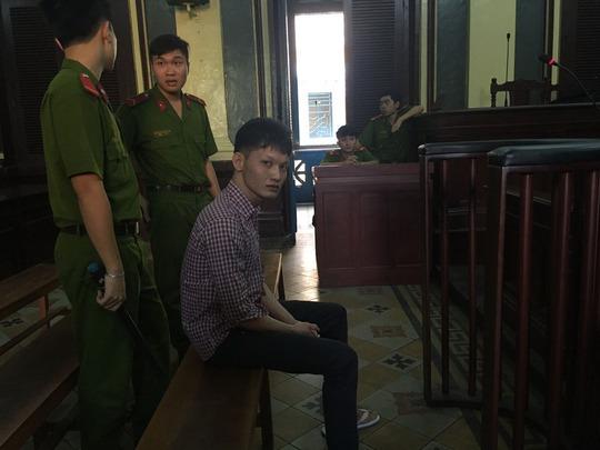 Trước vành móng ngựa, Huỳnh Thanh Sơn thừa nhận hành vi phạm tội của mình