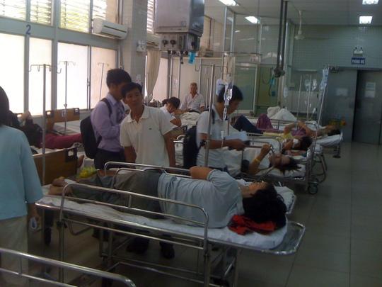 Dịp nghỉ lễ nào các bệnh viện cũng vã mồ hôi vì tiếp nhận lượng bệnh nhân cấp cứu