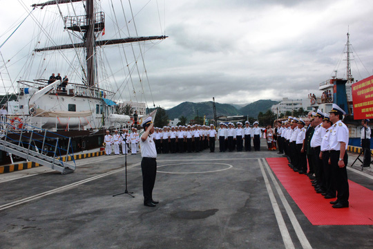 Học viện Hải quân tổ chức lễ đón đoàn thủy thủ đưa tàu buồm về tới quân cảng