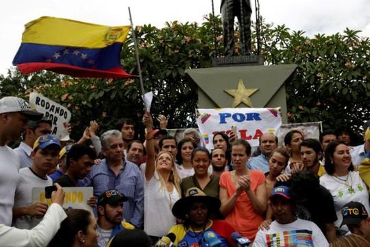 Phe đối lập hy vọng sẽ có 1 triệu người tham gia tuần hành. Ảnh: Reuters