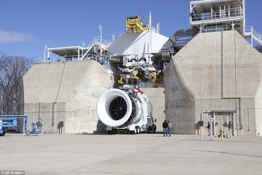 Động cơ GE9X được thử nghiệm tại cơ sở ở gần thị trấn Peebles, bang Ohio - MỹẢnh: GE Aviation