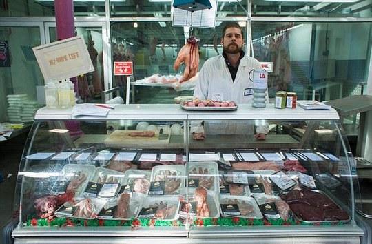 ...là chiêu quảng bá dễ sợ của chợ Smithfield tại London - Anh. Ảnh: Daily Mail