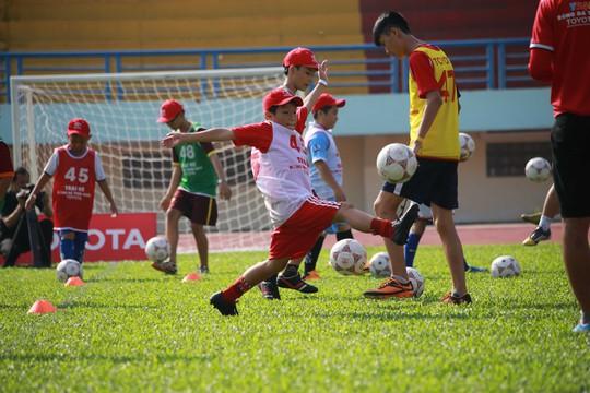 Khai mạc trại hè bóng đá Toyota 2016 tại TP HCM