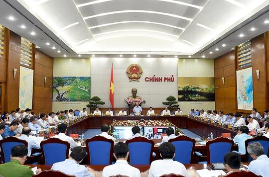 Thủ tướng Nguyễn Xuân Phúc yêu cầu làm rõ trách nhiệm gây ra ô nhiễm môi trường, không để tình trạng cha chung không ai khóc - Ảnh: Quang Hiếu