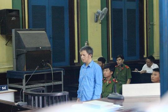 Đoàn Nguyễn Ngọc Tấn tại phiên tòa