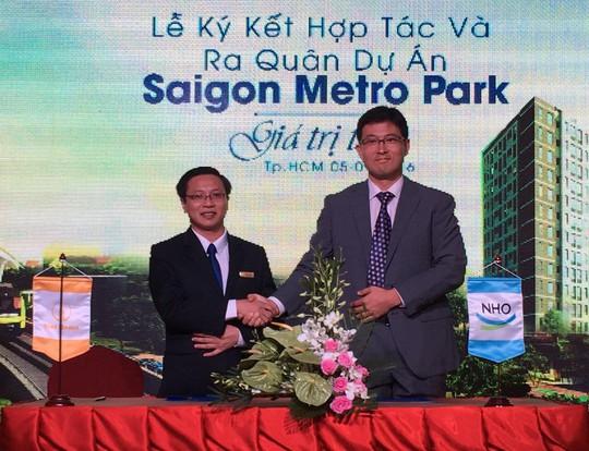 Đại diện Công ty CP Đầu tư VietHome và N.H.O tại lễ ký kết