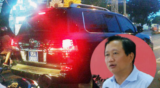 Ông Trịnh Xuân Thanh thời làm Phó Chủ tịch UBND tỉnh Hậu Giang đã lắp biển xanh vào xe sang tư nhân gây bức xúc trong dư luận