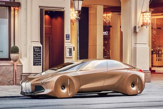 Khám phá xế lạ siêu công nghệ của BMW