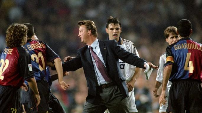 HLV Van Gaal là người nổi tiếng tài năng và nghiêm khắc