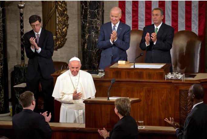 Giáo hoàng Francis phát biểu trước lưỡng viện Quốc hội Mỹ hôm 24-9. Ảnh: The New York Times