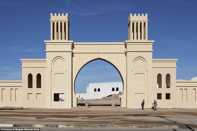 Lối vào khách sạn Kazar ở Sharm El Sheikh, nơi còn rất nhiều phòng trống