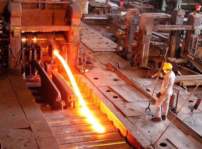 Doanh nghiệp sản xuất thép trong nước đề xuất phải có biện pháp ngăn chặn tình trạng lách thuế của thép Trung Quốc - Ảnh: Hoàng Nguyên