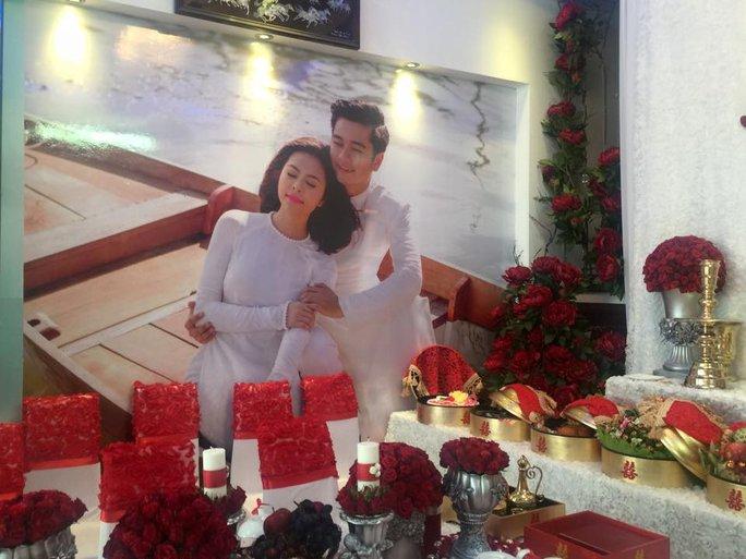 Vân Trang xinh đẹp trong lễ đính hôn