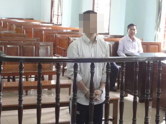 Gương mặt M. tối sầm lại khi nghe HĐXX tuyên mức án 18 năm tù