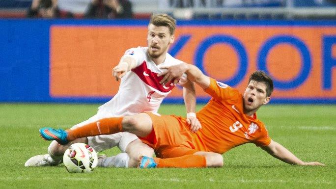 Nếu không thắng Thổ Nhĩ Kỳ, Hà Lan có nguy cơ sớm trở thành khán giả của  Euro 2016 Ảnh: REUTERS