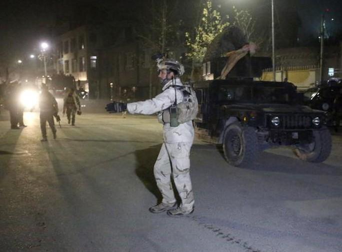 Táo tợn tấn công ở Kabul, các tay súng Taliban bị giết sạch