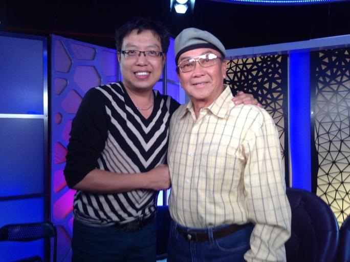 Hương Huyền và nhà báo Thanh Hiệp tại Mỹ tháng 6 năm 2014