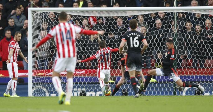 Krkic mở tỉ số cho Stoke