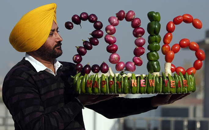 Hình ảnh vui nhộn mừng năm mới ở Ấn Độ