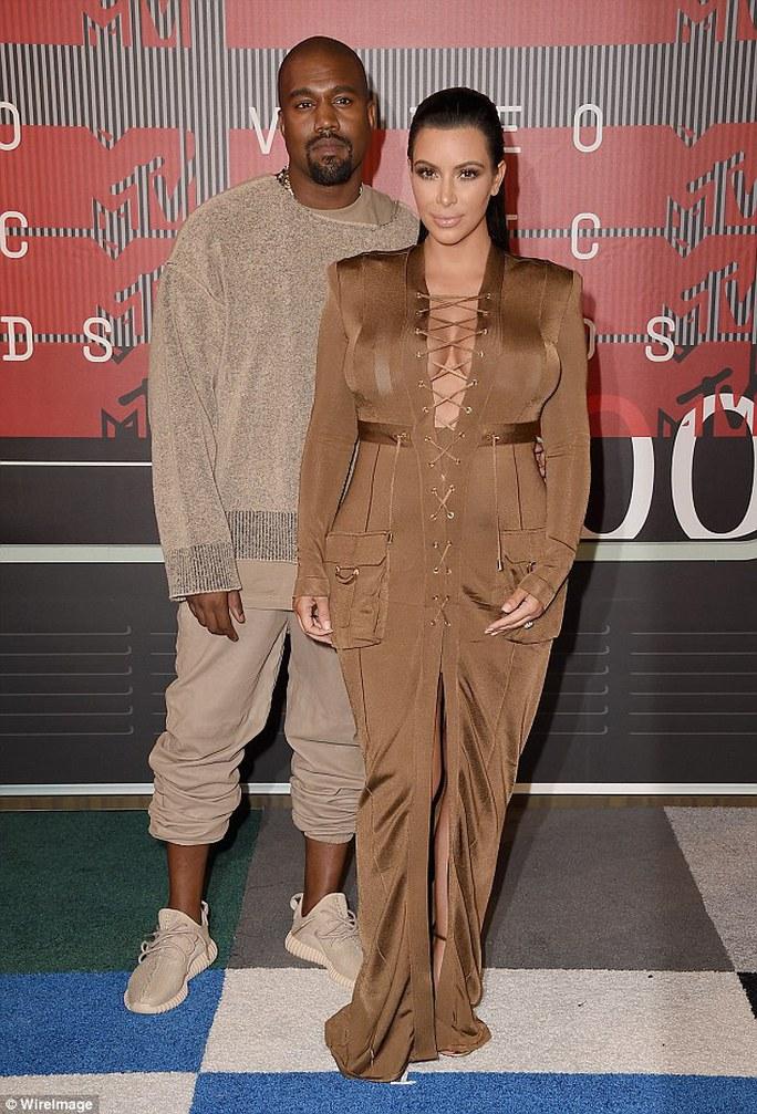 Vợ chồng Kim và Kanye