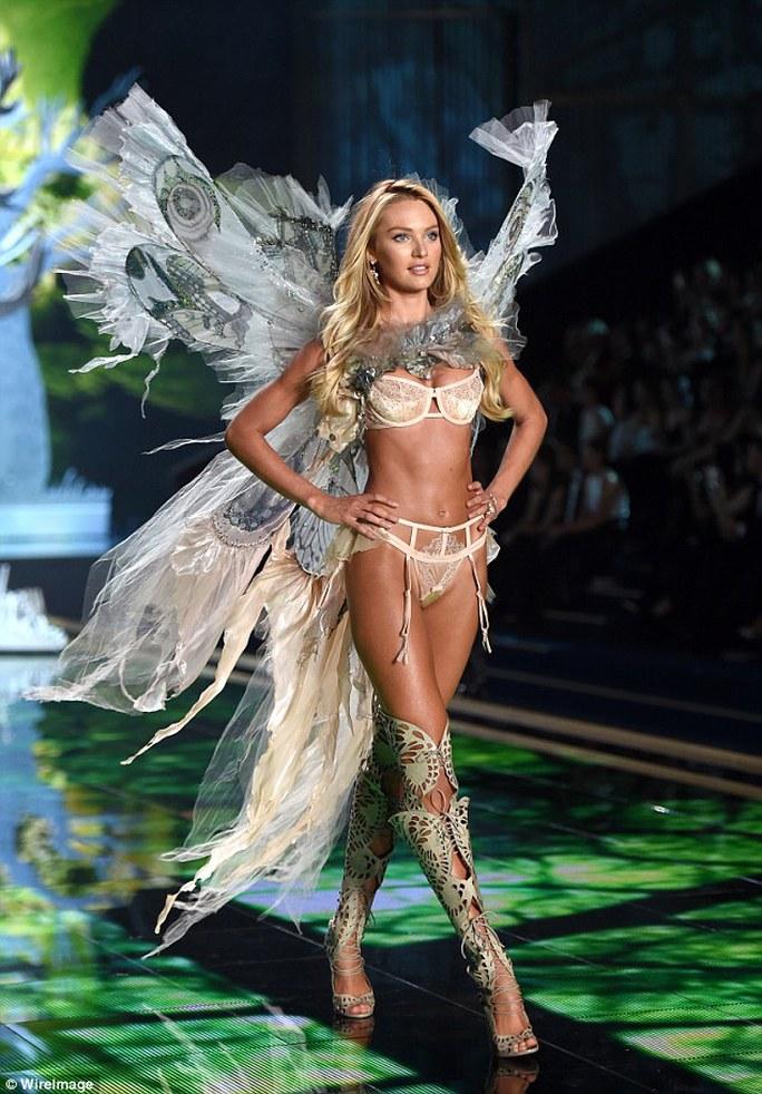 """Cô là """"thiên thần"""" của nhãn hiệu nội y danh tiếng Victorias Secret"""