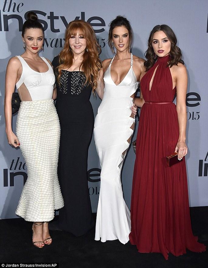 Từ trái sang: Miranda Kerr, Charlotte Tilbury, Alessandra Ambrosio, Olivia Culpo
