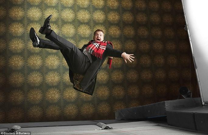 Romeo Beckham đáng yêu bên cạnh các siêu sao