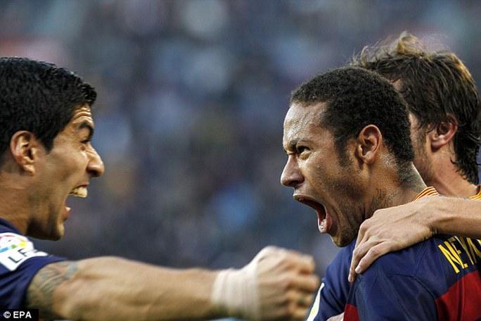 Song sát Suarez - Neymar tỏa sáng trong thời gian Messi chấn thương