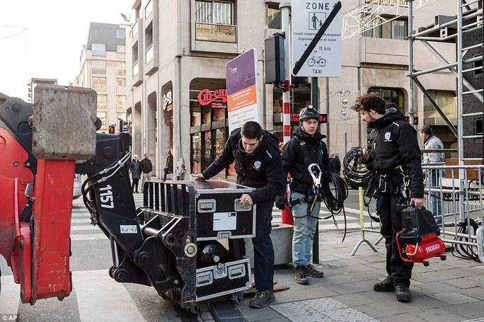 Thủ đô Brussels của Bỉ hủy bắn pháo hoa thường niên vì sợ khủng bố. Ảnh: Reuters