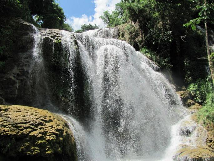 Con nước trong ngần giữa thiên nhiên - Ảnh: Sưu tầm