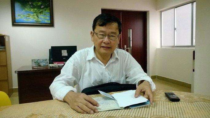 Ông Lê Đình Vũ trình bày vụ việc tại Báo Người Lao Động