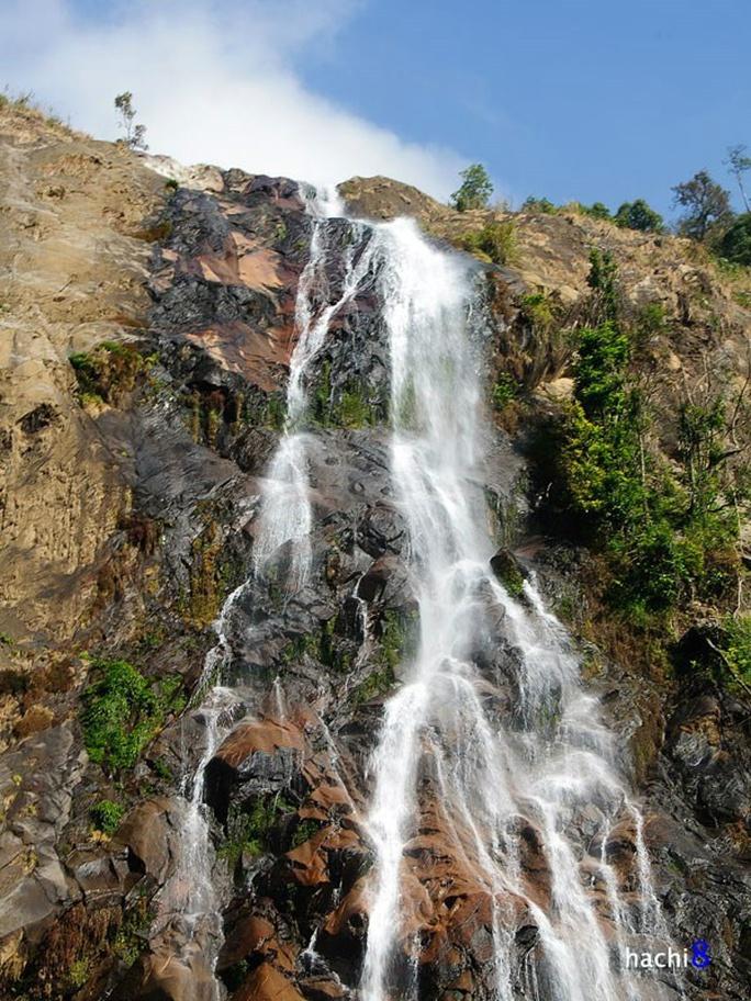 Dòng nước mềm mại, dịu dàng - Ảnh: hachi8