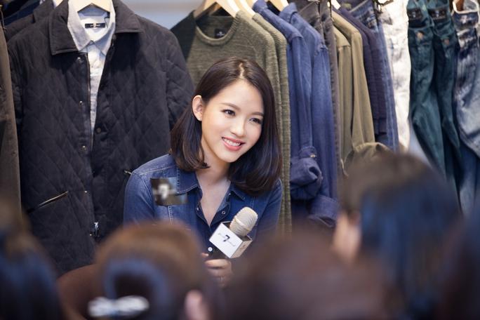 Tử Lâm đăng quang Hoa hậu Thế giới năm 2007