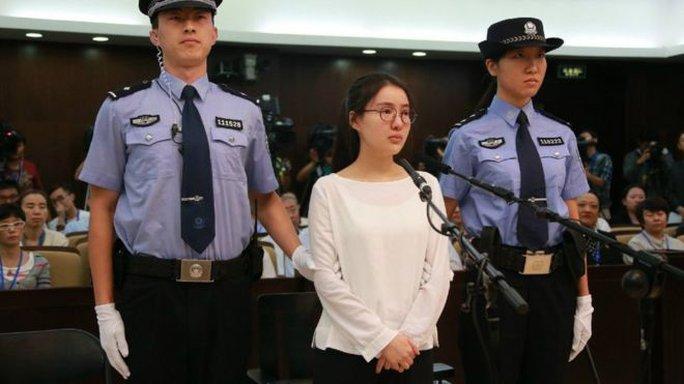 Guo Meimei tại tòa