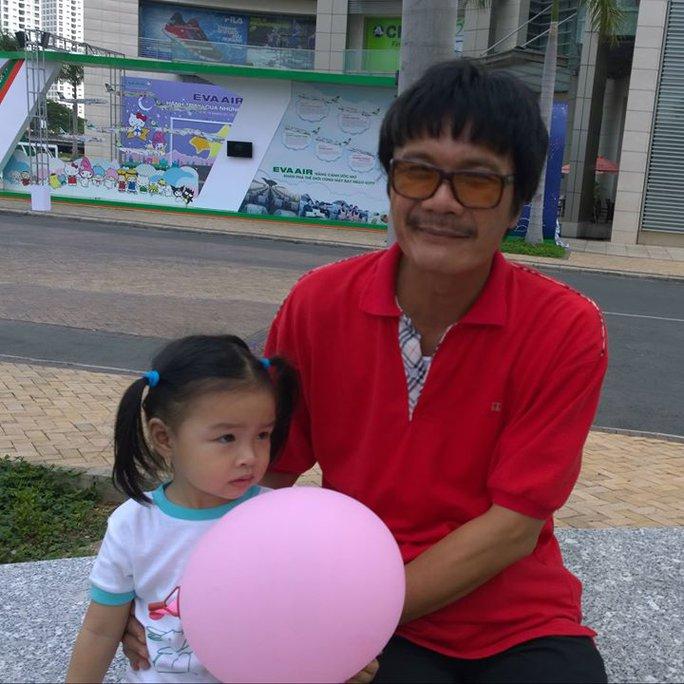 NSƯT Nguyễn Công Ninh và con gái